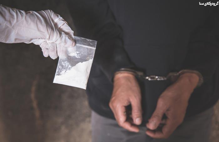 مجازات حمل و نگهداری ماده مخدر صنعتی بیش از چهار گرم تا پانزده گرم